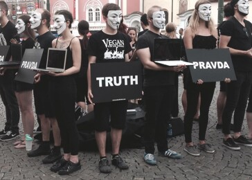 Kostka Pravdy a Anonymous for the Voiceless: moje myšlenky a názory